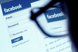Pakistan lifts ban on social networking websites, Faizabad Dharna continues